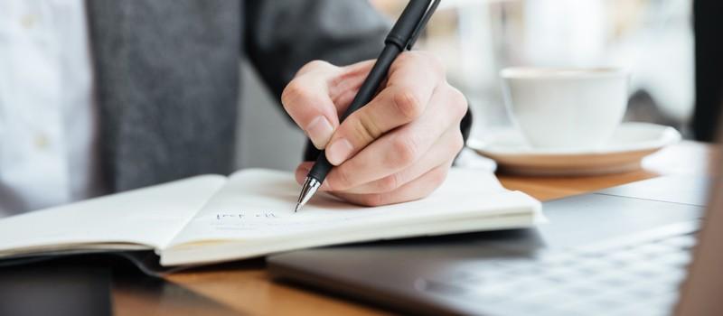 تقویت مهارت نوشتاری در زبان های خارجی
