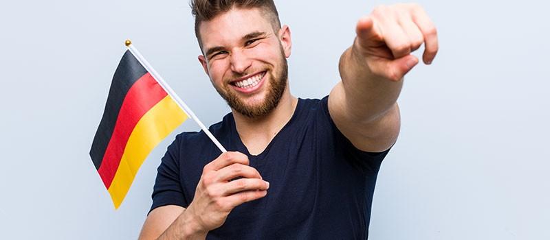 مکالمه آلمانی را با من و زبان بیاموزید
