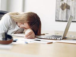 یادگیری زبان انگلیسی در خواب گزینه ای شگفت انگیز یا رویایی محال